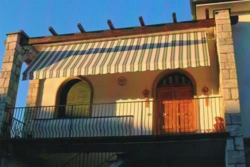 Tende a Bracci Sgherri Tende a Lucca