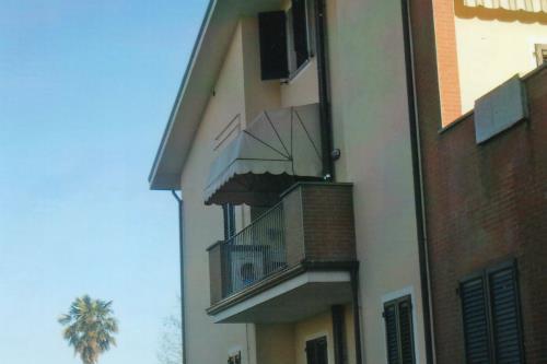 Tende a Cappotina Sgherri Tende a Lucca