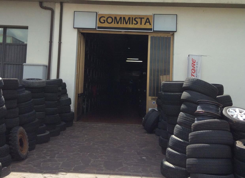 gommista Bucine (Arezzo)