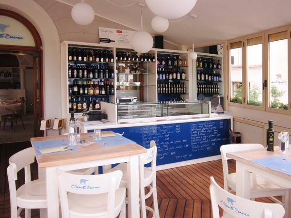 arredamento per ristorante su misura in legno | Nimis | Udine
