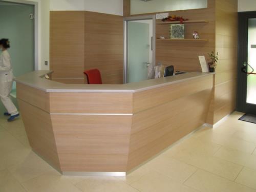 realizzazione mobili moderni in legno con inserti | Nimis | Udine