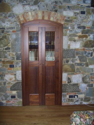realizzazione porte su misura in legno | Nimis | Udine