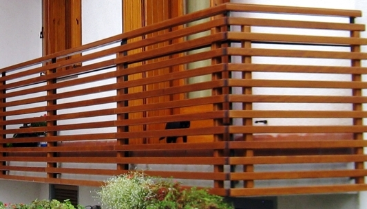 realizzazione serramenti in legno | Porte in legno su misura | Parapetti in legno | Nimis | Udine
