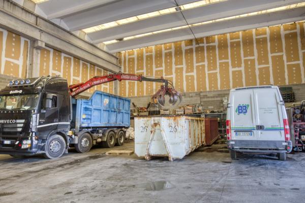 stoccaggio rifiuti speciali Brescia