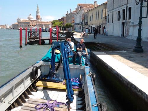 allestimento barca trasporti