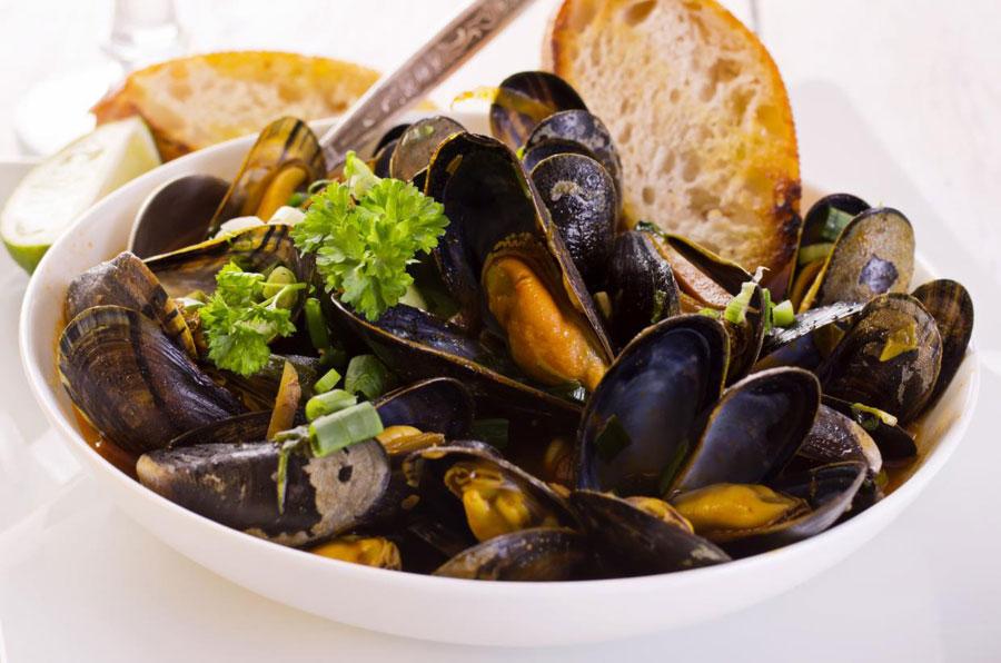 ristorante con cucina di pesce ancona
