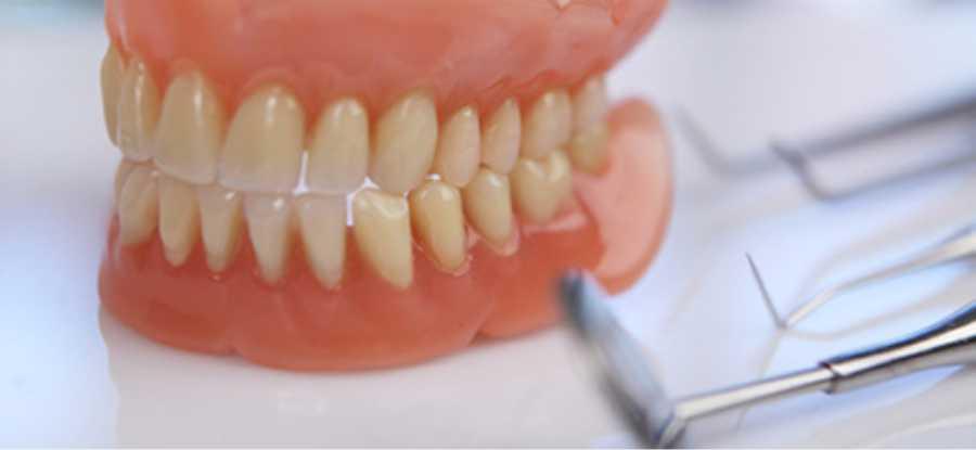 Protesi fissa e mobile Imperia Albenga Savona | Protesi dentali Protesi dentarie Imperia Albenga Savona | STUDIO DENTISTICO NARCO