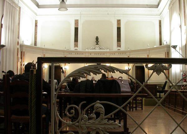 tribunale Rovigo sala udienze