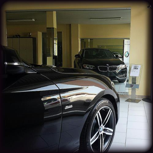 Dettaglio auto nera