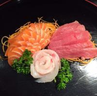 mangiare sashimi Trieste