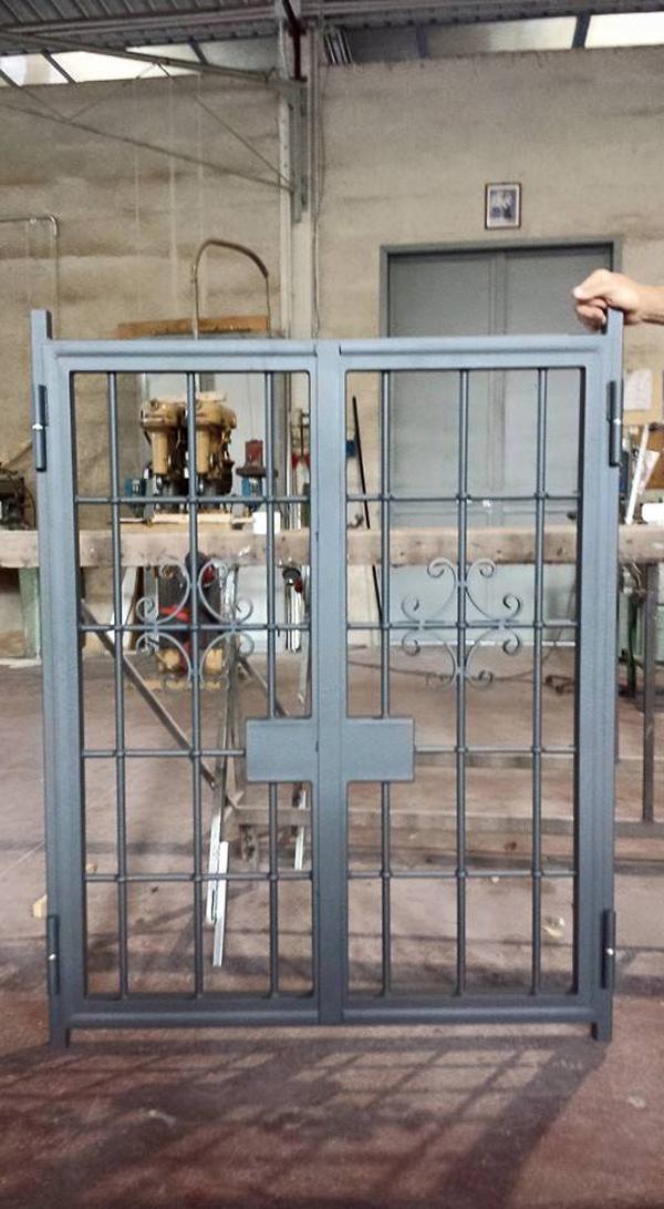 produzione e montaggio cancello in ferro su misura