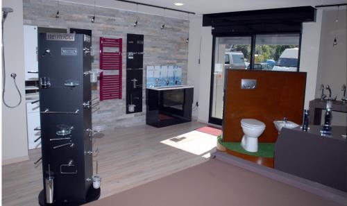 esposizione articoli idraulici