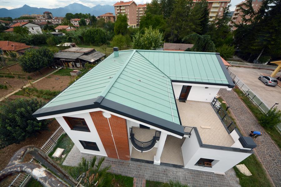 tetti e facciate in metallo grondaie alluminio