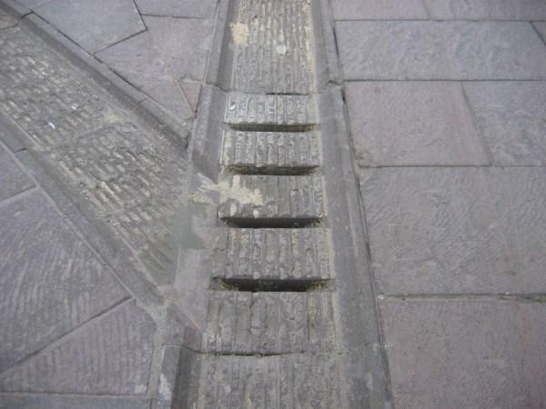 pavimento realizzato in pietra