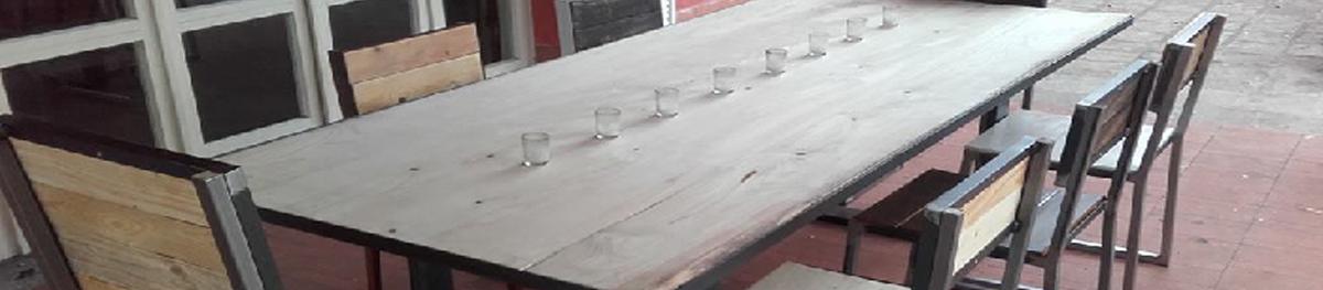 arredamenti su misura in legno e ferro, stile post moderno, brescia