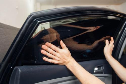 oscuramento vetri auto Potenza