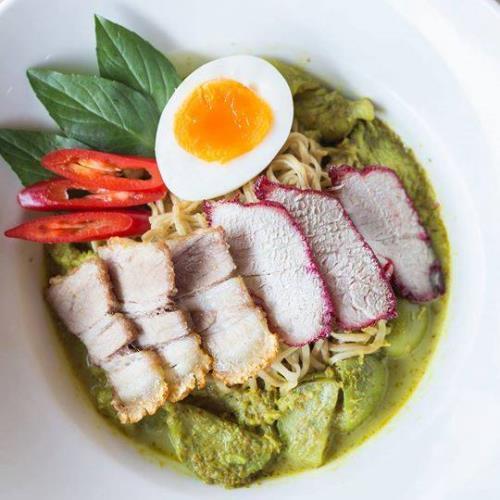 noodle curry verde