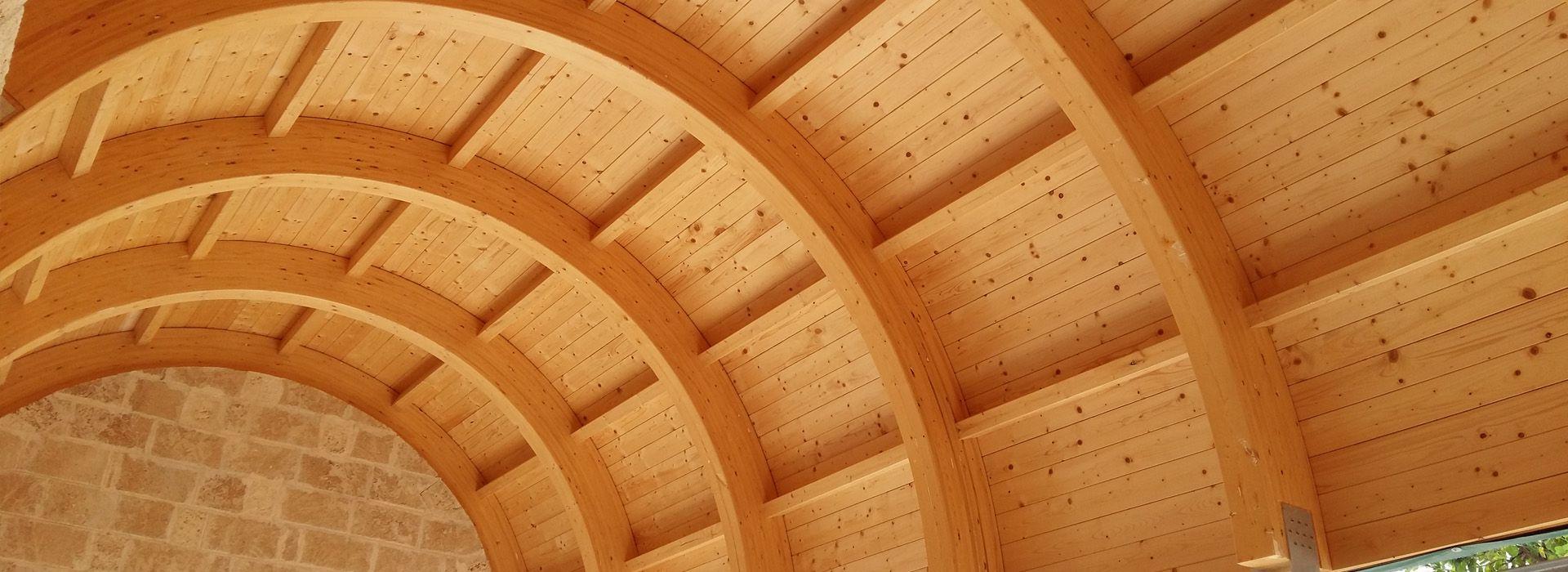 verde e gazebi realizzazione tetti in legno