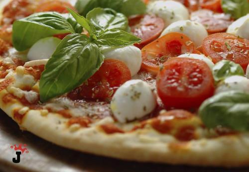 pizze con pasta tradizionale | pasta kamut | pasta al carbone | maron di Brugnera