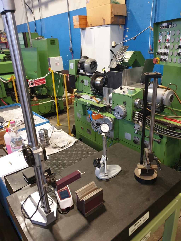 rettifiche di precisione su componenti meccanici