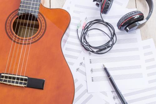 corsi di chitarra acustica dimensione musica Roma