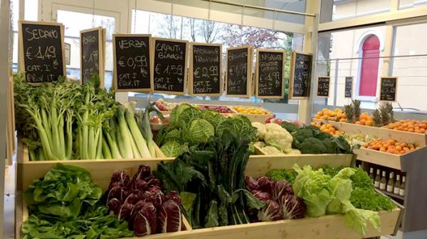 negozio frutta e verdura Brescia