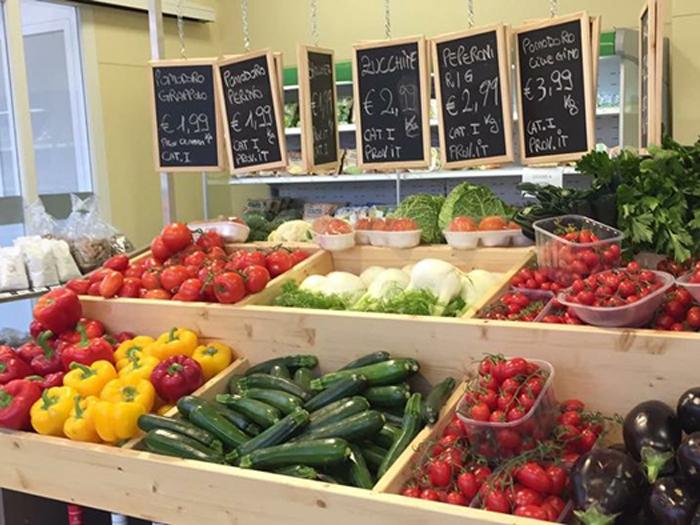 negozio verdura bio Brescia