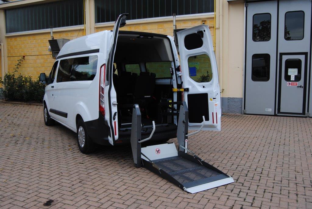 veicoli per il trasporto disabili